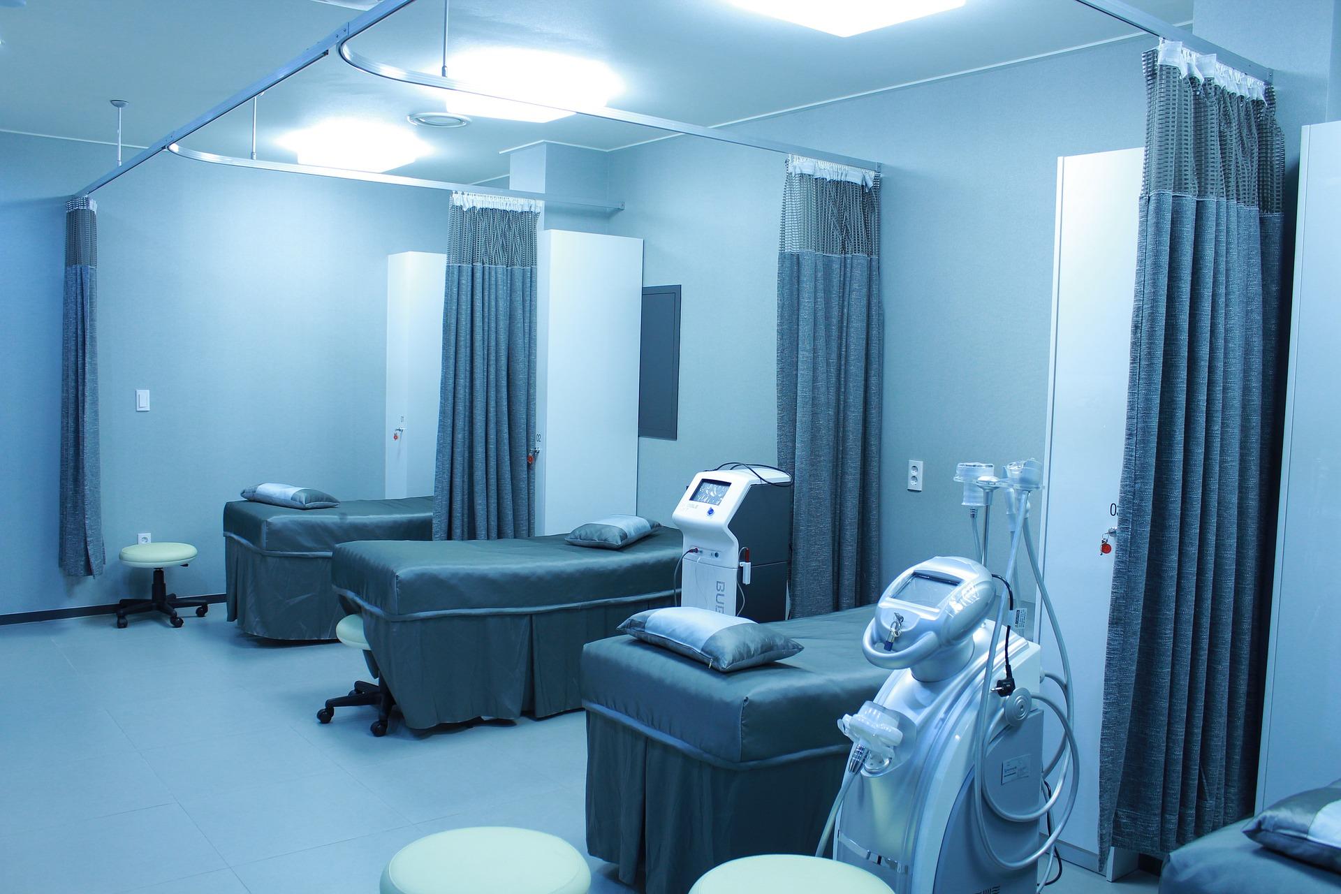 Trennvorhang Krankenhaus Reinigung